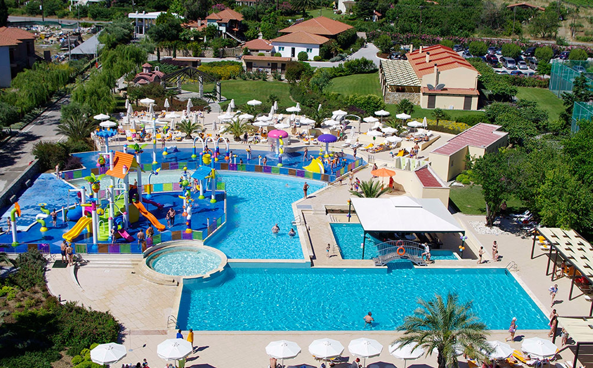 CRONWELL PLATAMON RESORT *****